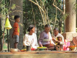picnickers at Angkor-sm